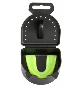 Master Mint Flavoured Mouthguard with Lock-In Case